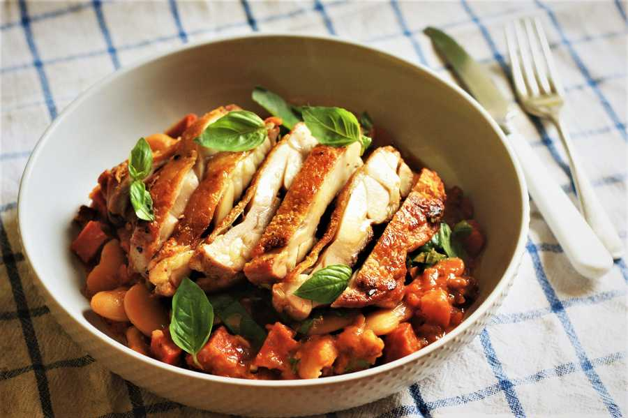 Cured Chicken Leg with Butter Beans Image